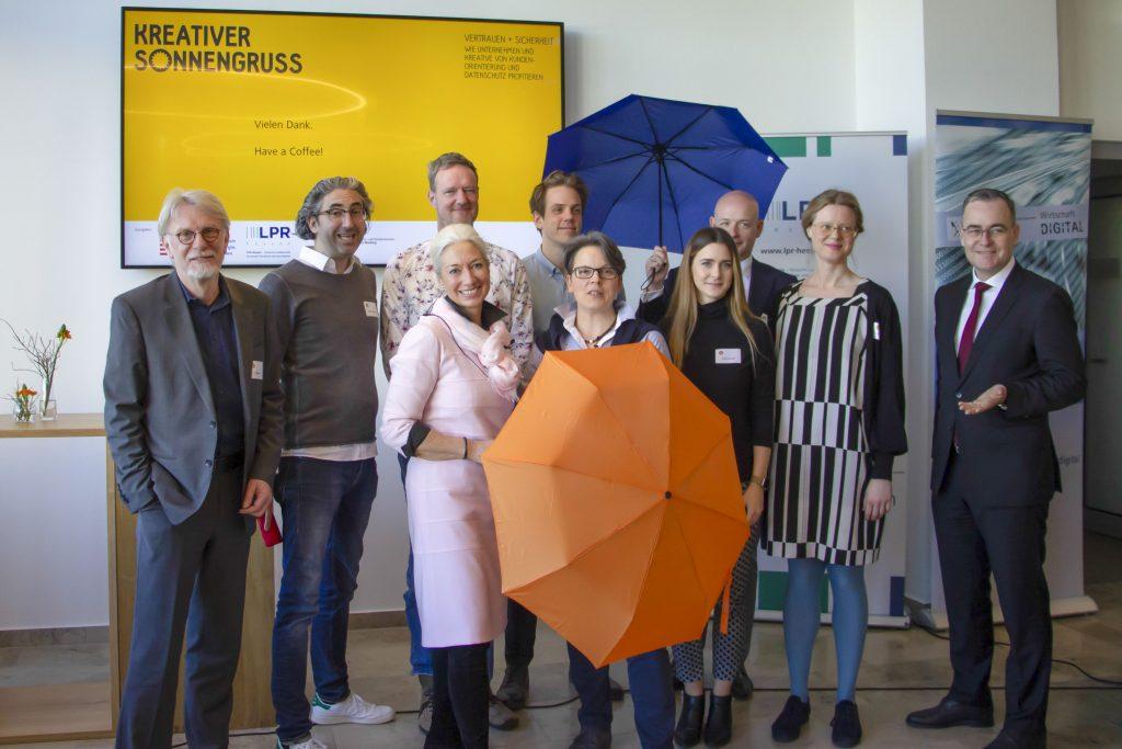 15.02.2019 - Datenschutz und Kundenorientierung als Erfolgsfaktoren - Kreativer Sonnengruß mit spannenden Impulsen in Kassel